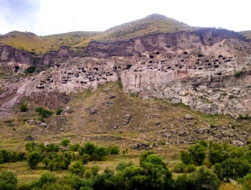 Пещерный монастырский комплекс XII—XIII в. Вардзия