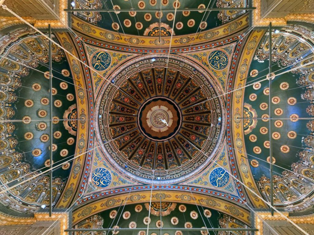 Свод потолка в мечети Мухаммеда Али в Каире